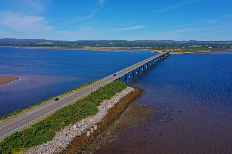 File:Dornoch Firth Bridge - aerial from South embankment.jpg