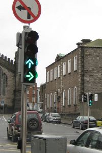 Traffic lights showing different shades of green, Granby Row Dublin - Coppermine - 21097.jpg