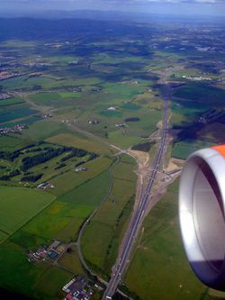 The M80 from the air - Geograph - 2518997.jpg