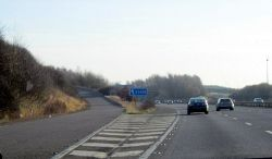 M40 Motorway Junction 16 For A3400 - Geograph - 3286969.jpg