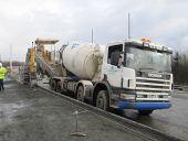 M74 Concrete barrier slipform 3.jpg
