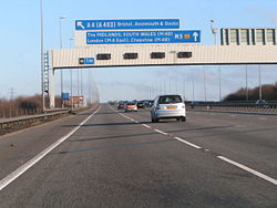 Going over the Avonmouth bridge on the M5 northbound - Geograph - 1095098.jpg