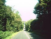 Dip in the Fosse Way - Geograph - 1483337.jpg