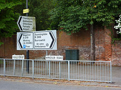 Road junction in Chobham - Geograph - 1358299.jpg