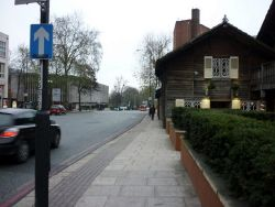 Avenue Road, Swiss Cottage, London - Geograph - 2193064.jpg