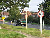 Fingerpost, Little Common Road, Bexhill, Sussex - Geograph - 36919.jpg
