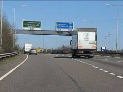Parting of the ways at the northern end of the A42 - Geograph - 2335366.jpg