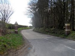 Gate posts at the bottom of Ayot St. Peter's Road - Geograph - 3434062.jpg