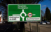 Local destinations map sign for Cutteslowe Roundabout on A40 eastbound, north Oxford - Coppermine - 10715.jpg