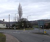 A4146, B489 double roundabout - Geograph - 1175348.jpg