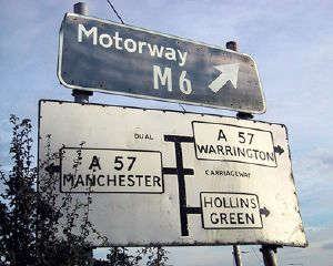 Pre-Warboys sign Dual Carriageway & Old style M6 Sign - Coppermine - 229.jpg