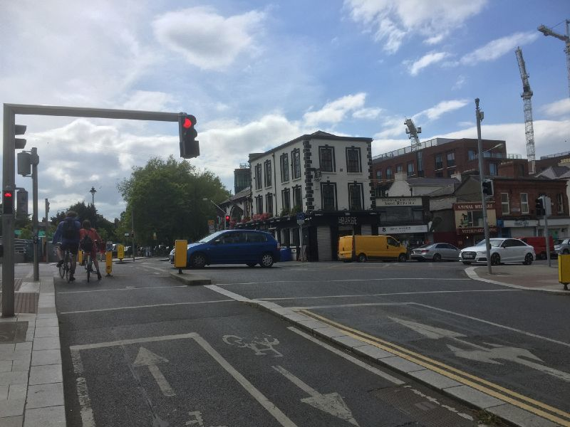 File:Cycle traffic lights on Charlemont Street.jpg