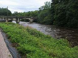 Riverford Bridge - Geograph - 1581075.jpg