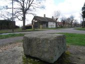 The Leighton Stone - Geograph - 1193777.jpg