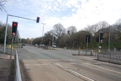 Traffic lights, Farnham bypass - Geograph - 3614809.jpg