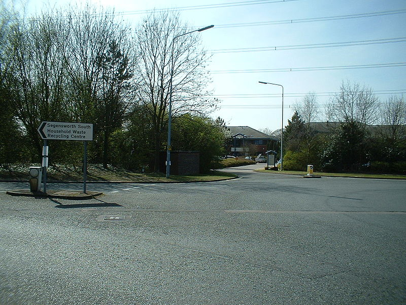 File:(Barnes Wallis Road) - Coppermine - 11100.JPG