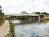 Donnington Bridge, Oxford, from downstream - Geograph - 190874.jpg