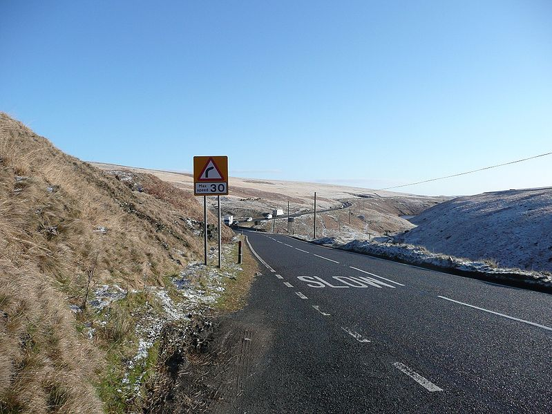 File:A672 Oldham Road - Coppermine - 17625.JPG