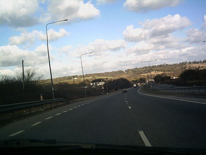 File:A23 Handcross hill - Coppermine - 4950.jpg