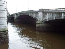 King George V Bridge, Glasgow.jpg