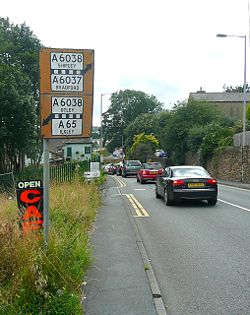 Old road sign, Baildon Road, Baildon - Geograph - 1468015.jpg