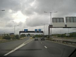 M4 at J43, Llandarcy. The A465 Heads of the Valleys route starts here. - Coppermine - 7388.jpg
