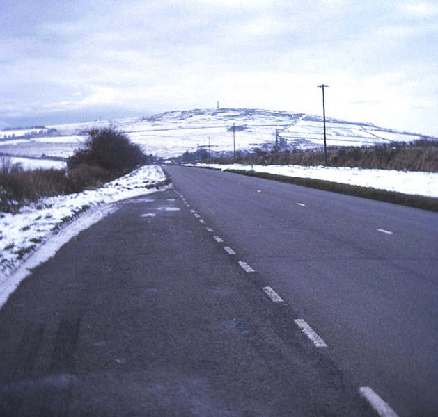 File:The A390 at Sevenstones - Geograph - 674254.jpg