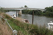 Hawbridge over the River Severn - Geograph - 49823.jpg