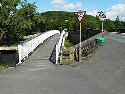 Bridges from Settle to Giggleswick over the Ribble - Geograph - 1370143.jpg