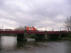 Dalmarnock Bridge plus B&Q Van.jpg