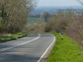 Oundle Road descending towards Elton - Geograph - 4900175.jpg