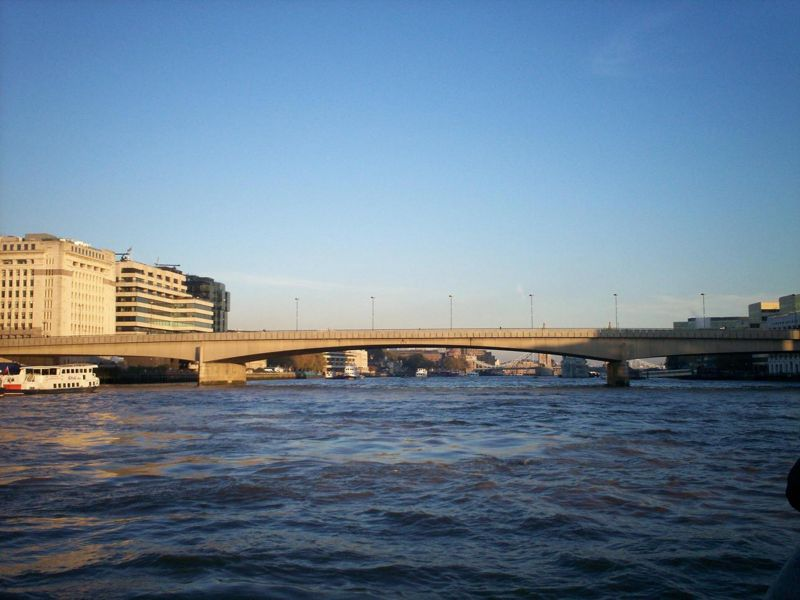 File:London Bridge (A3).JPG