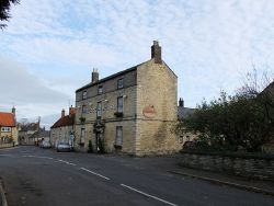 The George Hotel, Leadenham - Geograph - 2714173.jpg