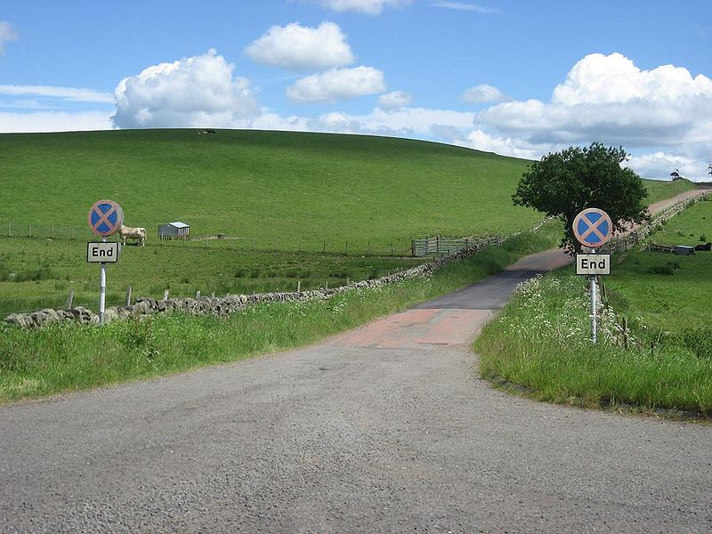File:Old Clearway end signs, 1960s A74, Douglas Muir - Coppermine - 18614.JPG