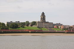 Wallasey Town Hall - Geograph - 937038.jpg