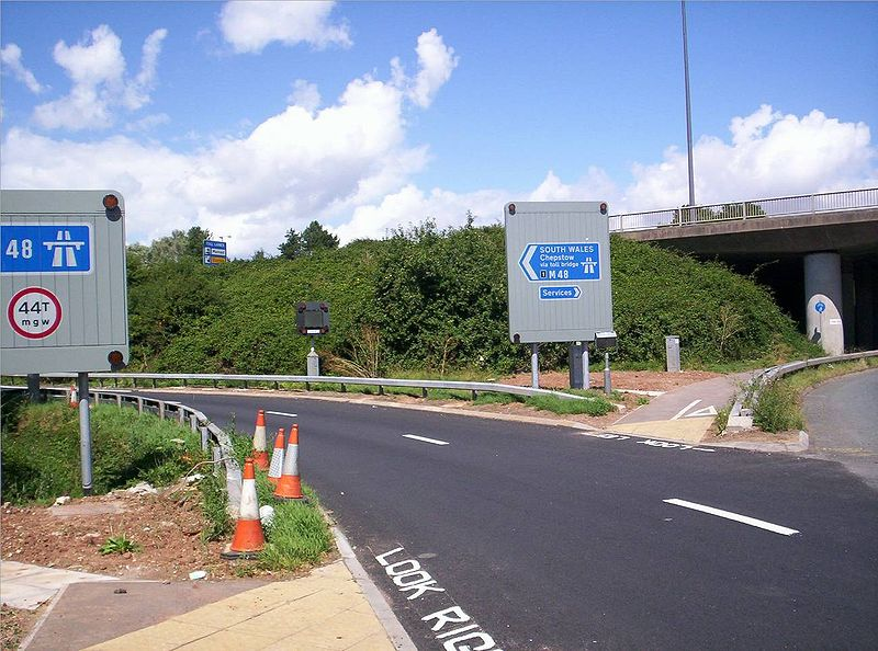 File:M48 Junc1 nr Severn View (Aust) Services - Coppermine - 8131.jpg