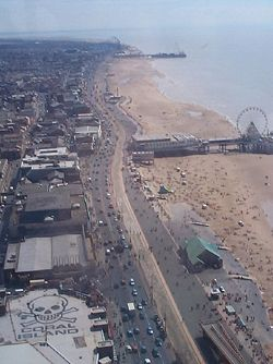Blackpool Golden mile from above - Geograph - 6019.jpg