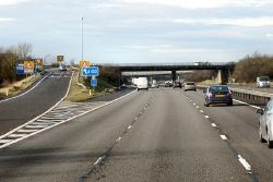 Northbound M40 at Junction 13 - Geograph - 3300906.jpg