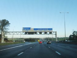 M1 northbound - Geograph - 3759294.jpg