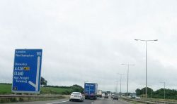 M1 southbound - Geograph - 3588134.jpg