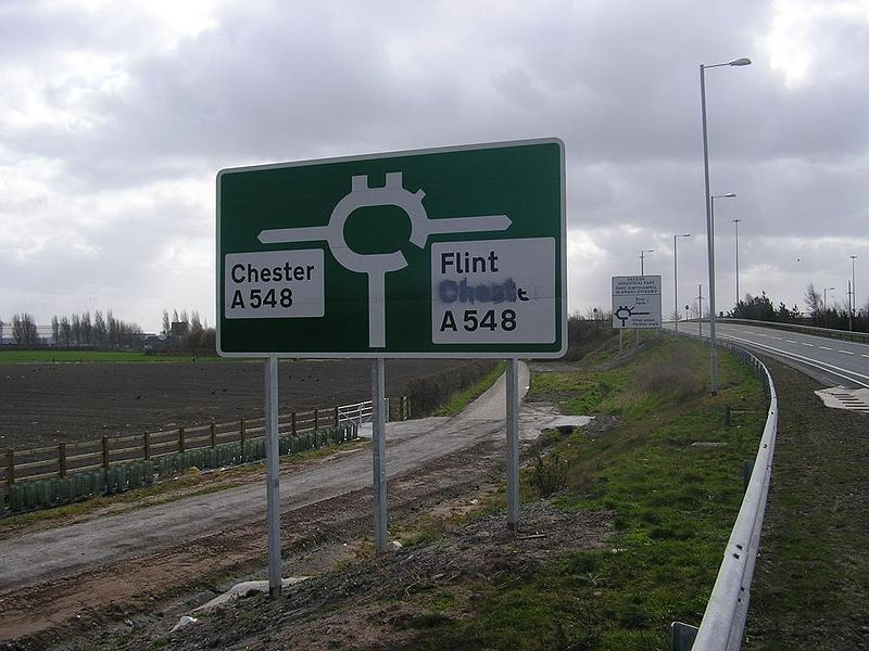 File:New sign on the southbound slip road to the Deeside Industrial Estate roundabout - Coppermine - 21660.jpg