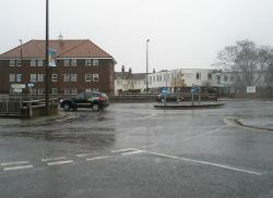 Roundabout in Chapel Road - Geograph - 1715429.jpg