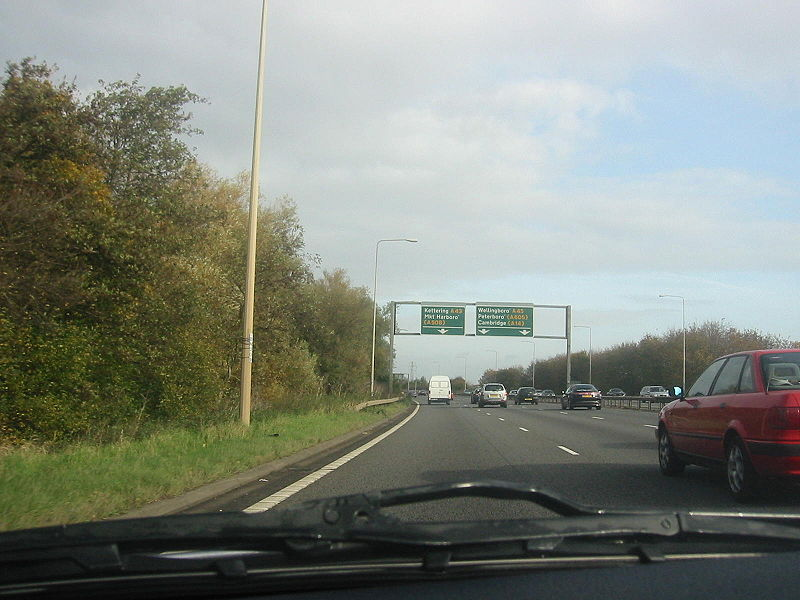 File:A45 Between Northampton & Wellingborough, A43 Kettering GSJ - Coppermine - 15948.jpg