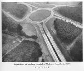 Roundabout at southern terminal of M.1 near Aldenham, Herts - Coppermine - 790.JPG