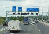 The M25 northbound at junction 29 - Geograph - 4071807.jpg