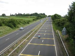 Trunk road - Geograph - 851304.jpg