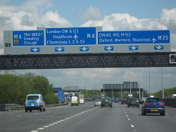 M25 Motorway Clockwise. Junction 15 Slip Road For M4 - Geograph - 1280504.jpg