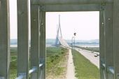 Pont de Normandie from toll booth - Coppermine - 110.jpg