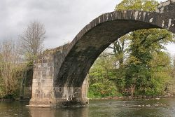 Cromwells Bridge, River Hodder - Geograph - 5367969.jpg