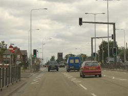 Chunky mast arms on the A5103 Princess Road in Manchester. - Coppermine - 4438.JPG